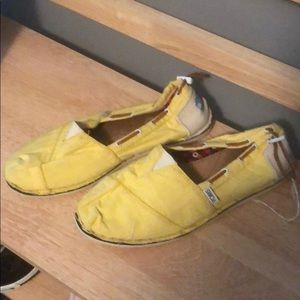 Toms Yellow Slip On Flats, Size 9